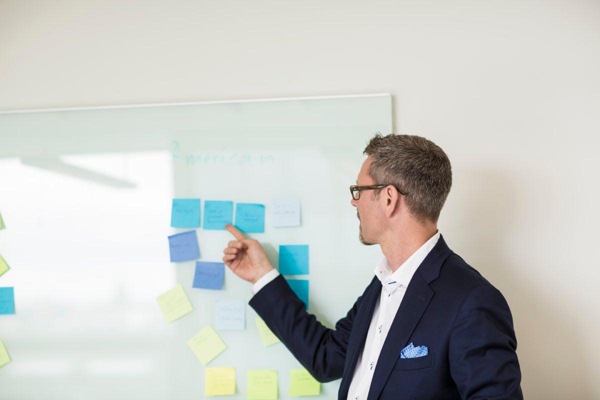 Så hänger bolagets lönsamhet ihop med medarbetarnas syn på ledarskapet